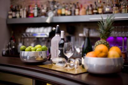 businessreportage_fotoshooting_businessfotos_webseite_unternehmenspraesentation_bar_02.jpg