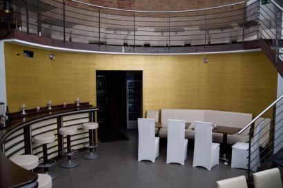 businessreportage_fotoshooting_businessfotos_webseite_unternehmenspraesentation_bar_04.jpg
