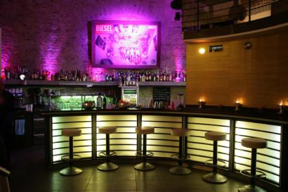 businessreportage_fotoshooting_businessfotos_webseite_unternehmenspraesentation_bar_05.jpg