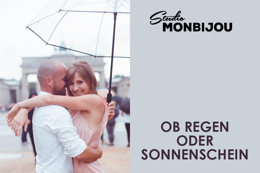 paarshooting-outdoor-location-berlin-fotostudio-brandenburger-tor-fernsehturm-geschenk-valentinstag-verlobung-fotoshooting-hochzeit-liebe-paar-weihnachten-geburtstag-couple-01.jpg