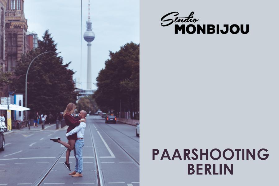 paarshooting-outdoor-location-berlin-fotostudio-brandenburger-tor-fernsehturm-geschenk-valentinstag-verlobung-fotoshooting-hochzeit-liebe-paar-weihnachten-geburtstag-couple-03.jpg