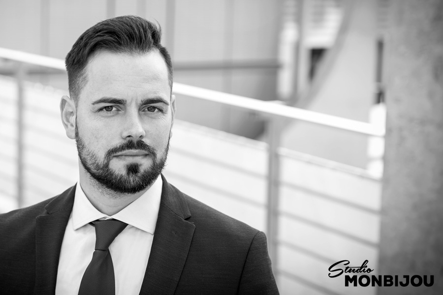 businessbilder-berlin-fotoshooting-mitarbeitershooting-headshot-business-outdoor-fotostudio-businessportrait-professionell-02.jpg