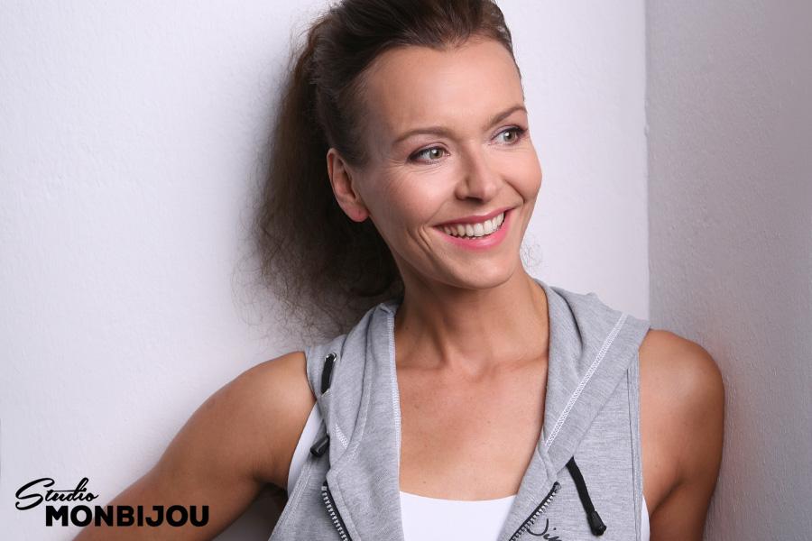 businessfotos-berlin-fotoshooting-sport-fitness-coach-management-bewerbungsfotos-authentisch-fotostudio-visagist-freundlich-kompetent-02.jpg