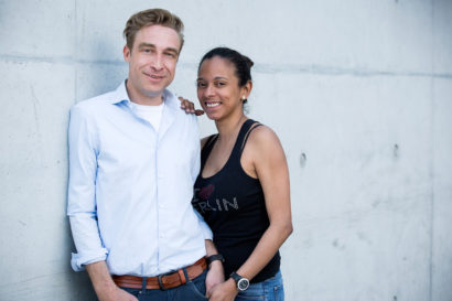 couple-photoshooting-berlin-service-hidden-places-mustsee-musthave-berlintodo-highlight-love-photographer-07.jpg