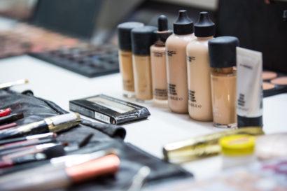 visagistin-berlin-hochzeit-makeup-haare-styling-makeuphairartist-11.jpg