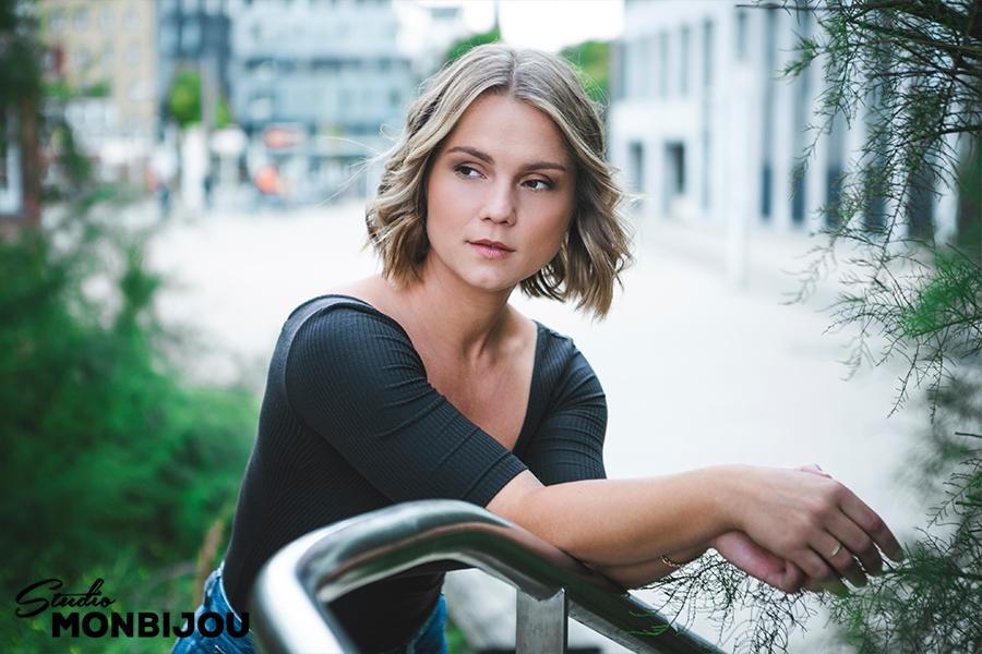 fotoshooting-lifestyle-imageportraits-portraits-berlin-fotostudio-fotograf-schauspielerportraits-actors-setcard-10.jpg