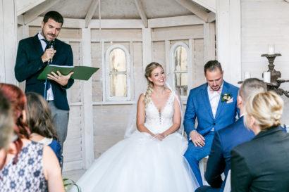 hochzeitfotoshooting-reportage-weddingphotography-berlin-fotografstandesamt-location-hochzeitsfeier-06.jpg